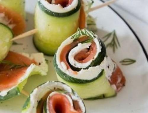 Rezept: Gurke-Frischkäse-Röllchen mit Lachs